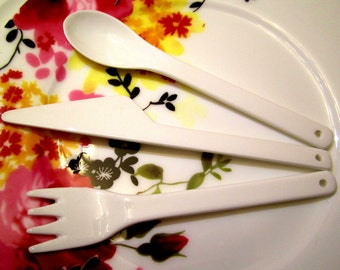 Set of 3 porcelain cutlery