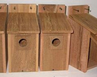 8 CEDAR  BLUEBIRD BIRDHOUSES .. free shipping...