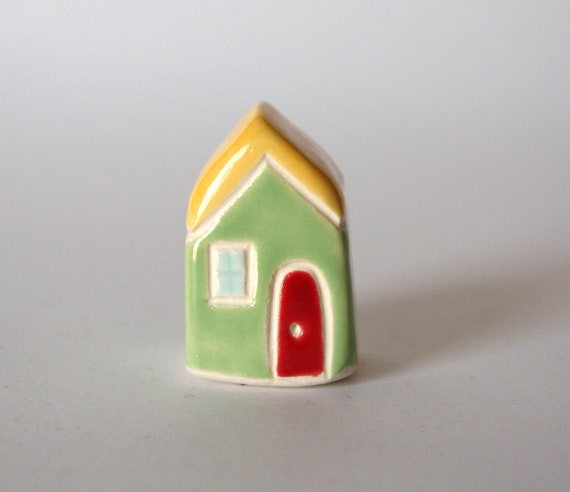 collectible THIMBLE Ceramic Clay Little House