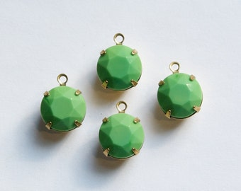 Vintage Opaque Green Faceted Glass Stones 1 Loop Brass Settings 12mm rnd004K