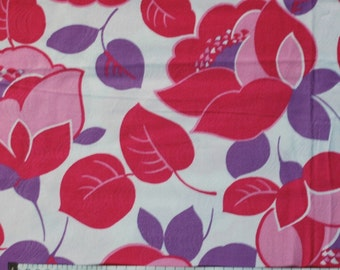 Seventies vintage floral fabric - 1/2 yard
