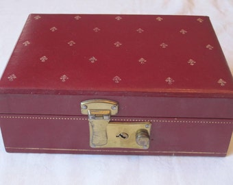 Sweet Petite Vintage Burgundy Jewelry Box