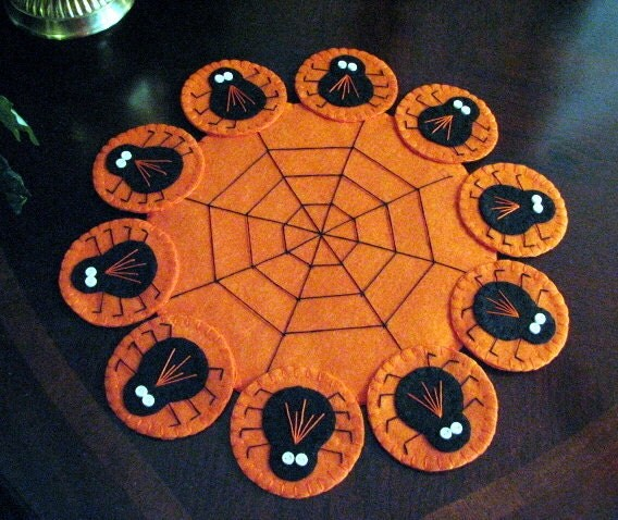 Hand Stitched Primitive Halloween Wool Felt Spider Penny Rug