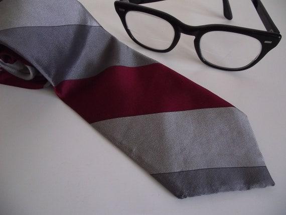 Vintage Skinny Silk Necktie - Oscar De La Renta