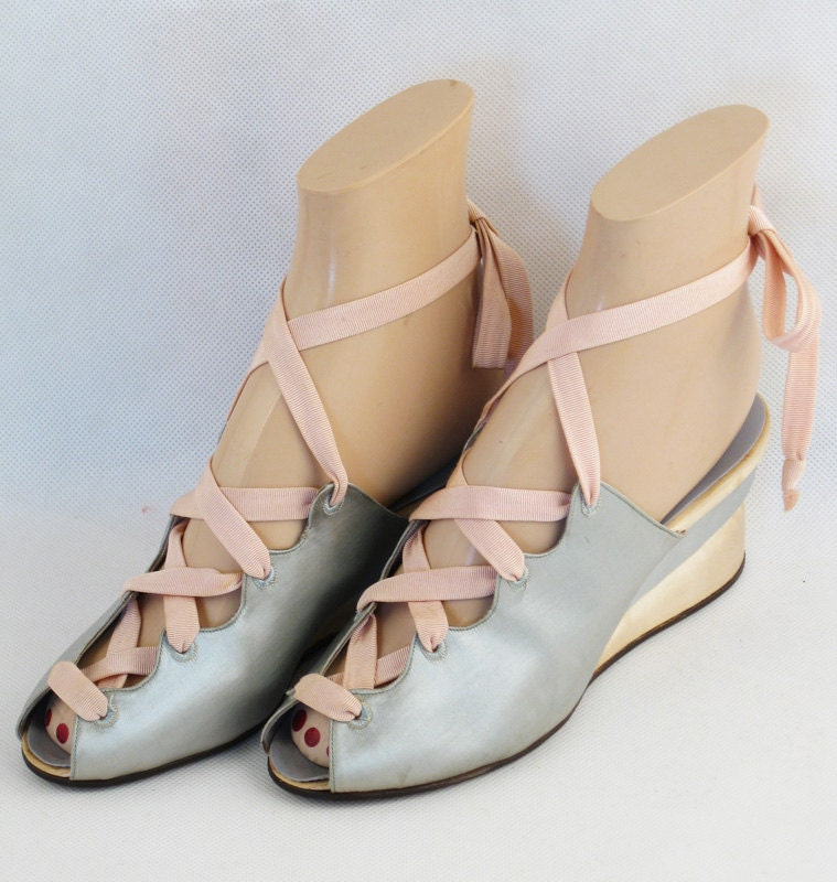 Vintage 1940s 40s Shoes Pink And Baby Blue Satin Wedge Heel