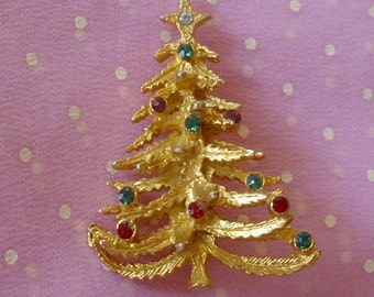 Vintage Christmas Tree Pin Brooch