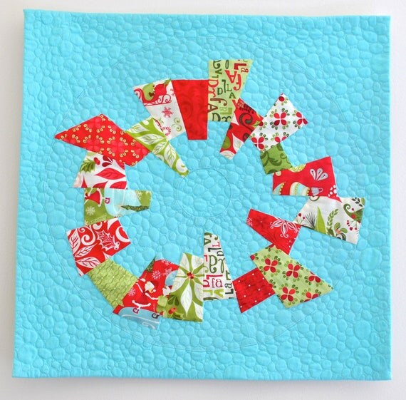 "Mod Christmas Wreath Quilted Wallhanging, 21"" square"