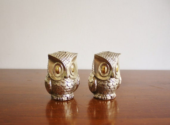 Vintage silver plated owl salt and pepper shakers
