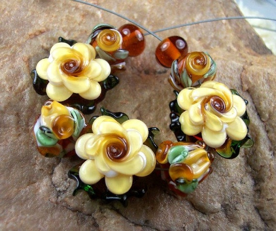 Lampwork Glass Beads, ButterCup Roses SRA 384 by CC Design