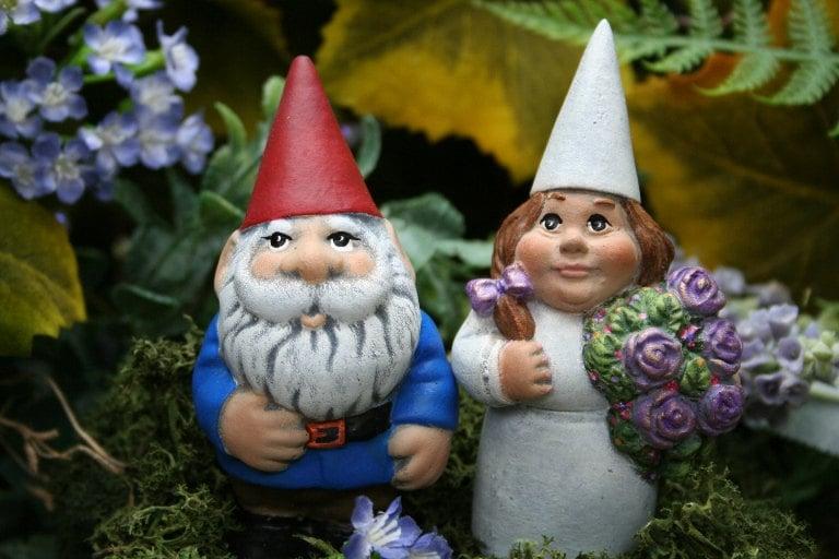Gnome Garden: Wedding Gnomes Garden Gnome Couple Mr & Mrs Wedding Or