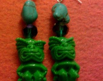 Green tiki, tiki earrings, tiki, tiki jewelry, tiki oasis, turquoise, kawaii, kitsch, pin up, burlesque, tropical, beach wedding
