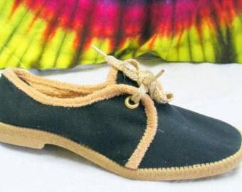 size 8.5 vintage 70's black & tan canvas lace-up oxfords shoes NOS