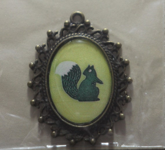 18x25mm cameo pendant or Blythe pull charm no. 25