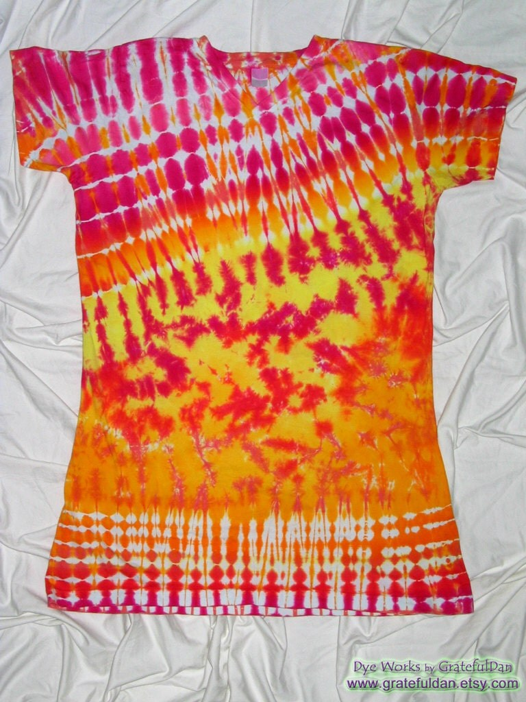 tie dye small medium v neck cover up tie dye t by gratefuldan