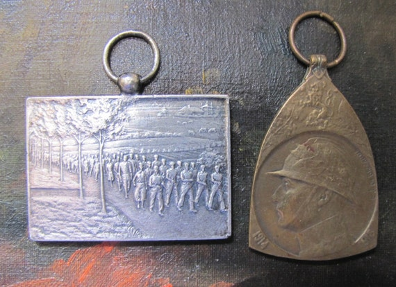 DESTASH  Two French Military Medals