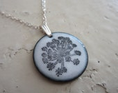 QUEEN ANNE'S LACE white floral enamel necklace by gypsyrabbit