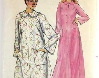 Vintage 70's Sewing Pattern, Misses' Robe, Size 10