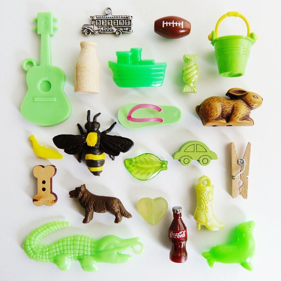 A Collection of Miniature Trinkets and Charms - what you see is what you get - premium collection T28