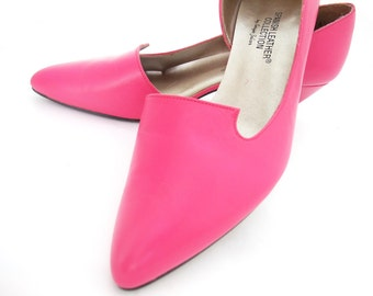 Vintage Shoes 80s Hot Pink Leather Pumps Pointy Toe Cutout D'orsey Mid Heel size 6 1/2 Vintage Footwear Spanish Collection Sergio Zelcer