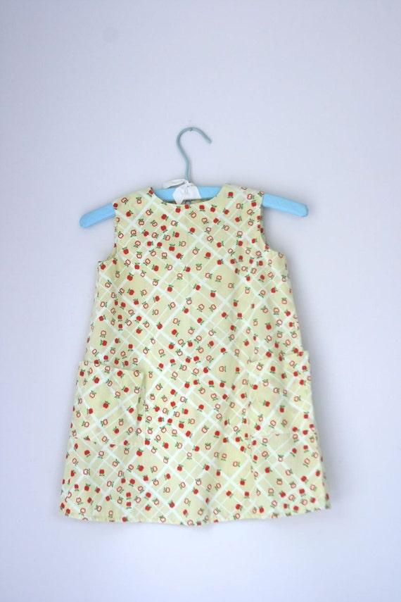 Vintage apple print dress 4/5T
