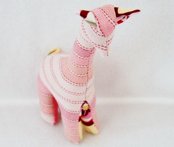 Wrap Scrap Teething Giraffe - BBSlen Lychee