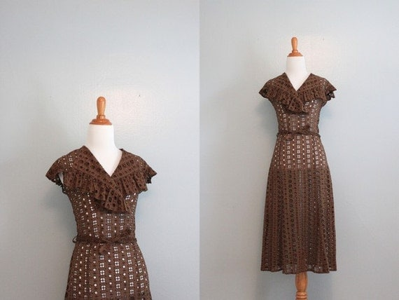 1930s Dress / Vintage 30s Gauzy Cotton Eyelet Dress / 30s Ruffled Dress