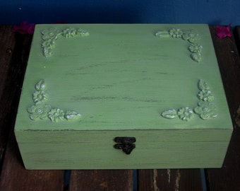 "Light Green ""Shabby Chic"" Wooden Jewelry Box organizer, jewelry box vintage"