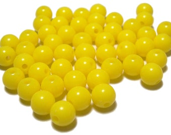 8mm Smooth Round Acrylic Beads in Lemon yellow 50 beads
