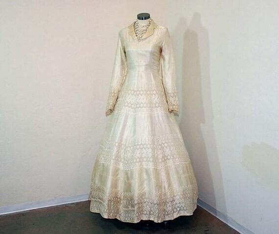 1940s wedding dress / Cutwork Embroidered Satin Vintage 40's Wedding Dress