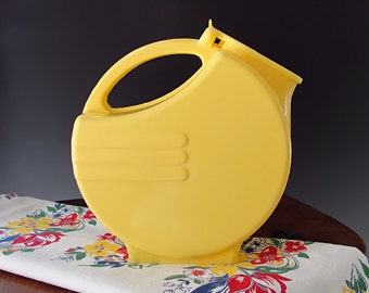 Plastic Pitcher Yellow Art Deco Burrite Style Water Lemonade Pitcher Vintage Mid Century 1950s