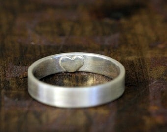 Secret heart wedding ring (E0249)