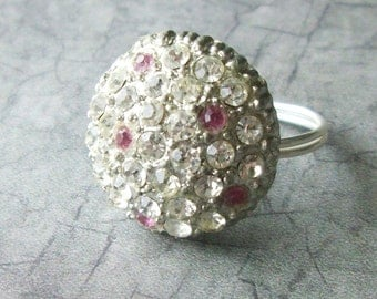 SALE Hint of Pink Vintage Button Ring
