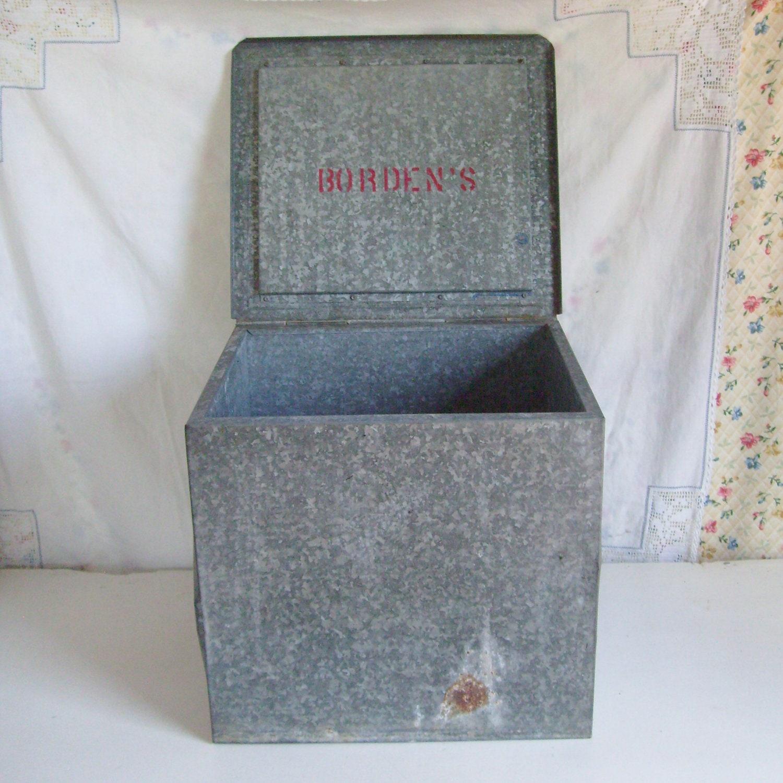 vintage metal milk box bordens dairy galvanized steel. Black Bedroom Furniture Sets. Home Design Ideas