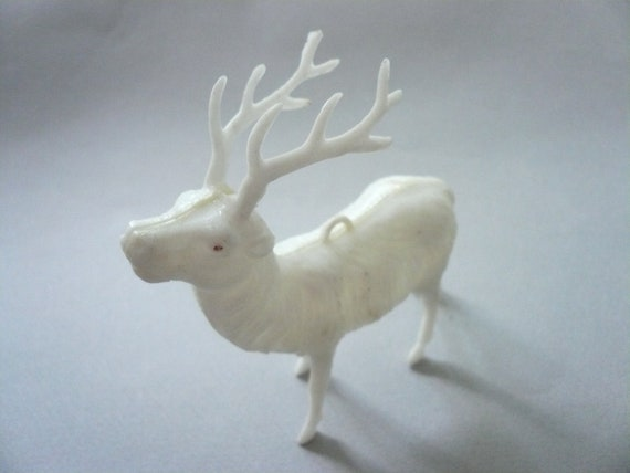 Vintage White Plastic Reindeer Ornament  with Red Eye   H207