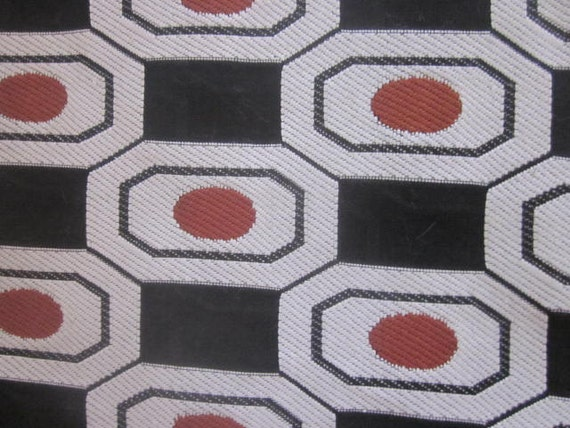 2 Metre Length of 1960s White and Black Space Age/Geometric Fabric