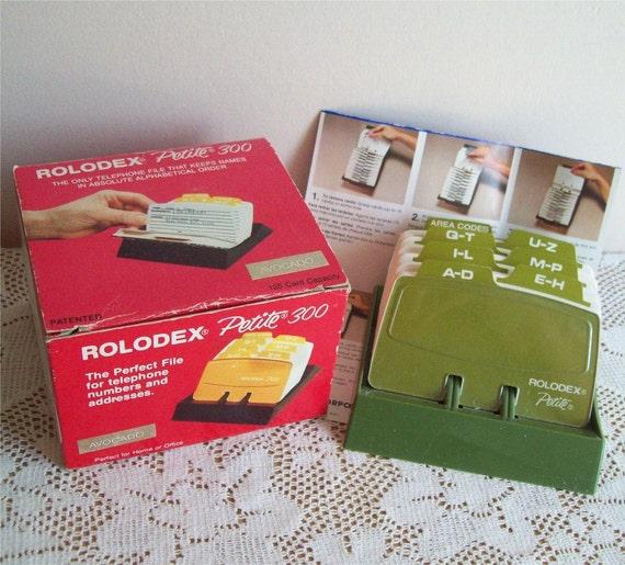 Vintage Rolodex Petite 300 Flip Card Box Telephone List Finder Avocado Green