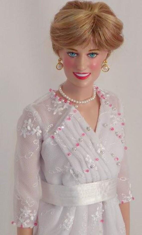 Last one! LE Princess Diana Christie's Lot 7 replica