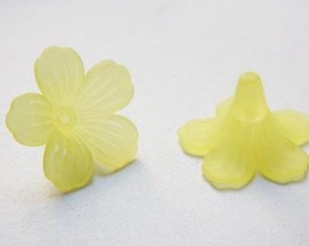 10pcs flower-shaped acrylic beads-Flower-Matte Yellow 28x45mm (25A5M2)