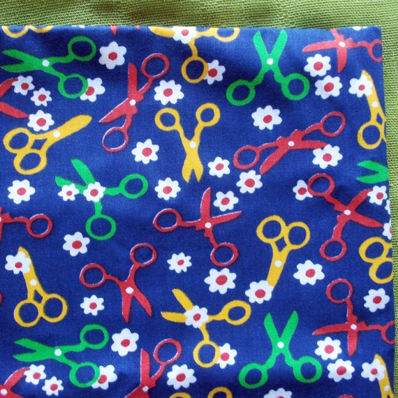 60s Vintage Cotton Fabric - Sewing Scissors and Daisies - Favorite Things - Navy Red Yellow Green