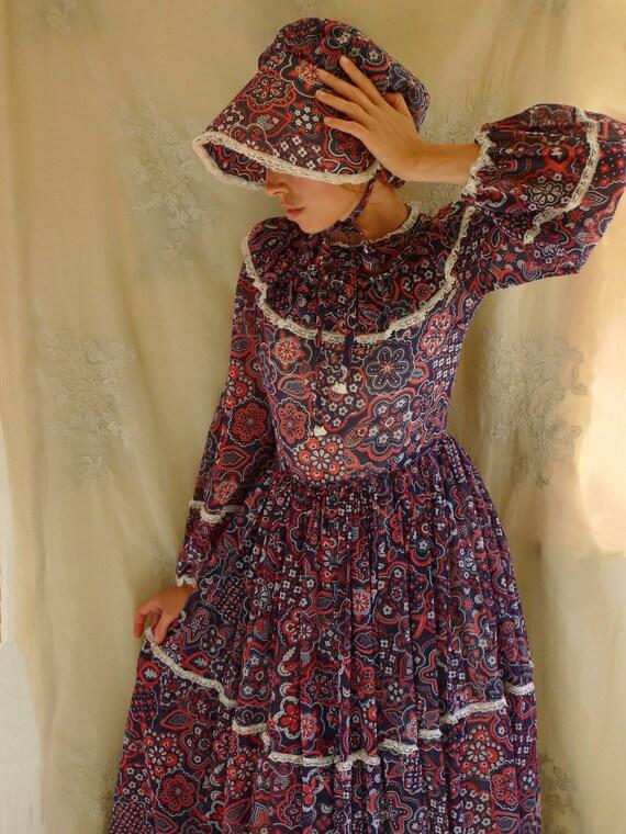 Vintage Costume Prairie Dress and Bonnet... size Medium... Halloween Fancy Dress Western Little House on the Prairie