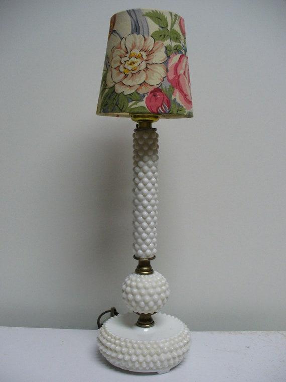 Hobnail Boudoir Lamp