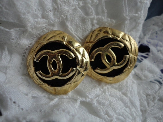 Vintage 80s Chanel CC Clip On Earrings