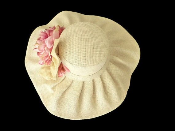 Kentucky Derby Hat, Sun Hat, Race Day Hat, Garden and Tea Party Hat in Natural Tone Straw -  RUFFLE Up Some FUN