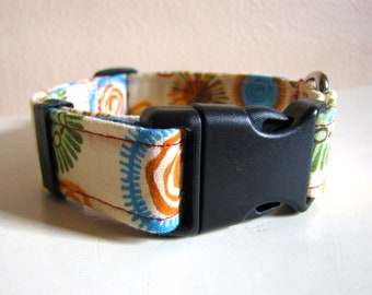 SALE - Vintage Inspired Peach Retro Fireworks and Flowers Dog Collar - Size S/M