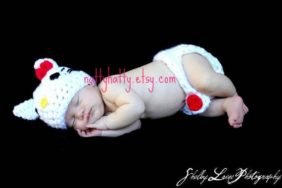 HeLlo KiTtY set   Hat and diaper cover Newborn small 1 to 3 months Medium 3 to 6 months Large 6-12 months