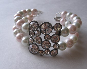 Pink and White Pearl Memory Wire Bracelet With Rhinestone Slider