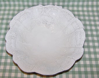 Exquisite Vintage Porcelain ITALIAN BOWL, White on White Lace Looking with Bows, Marked Italy, 7358