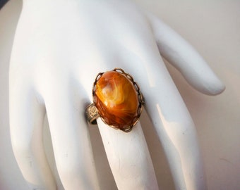 Vintage Adjustable Gold Toned Ring with Brown Swirl Cabochon