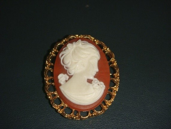 Vintage Gold Cameo