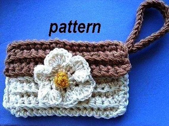 CROCHET PATTERN, crochet, number 41.... Clutch Wristlet Purse, Make it larger too.   Over 500 patterns in my shop